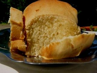 Pain viennois à la machine à pain.