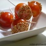 tomates cerises, caramel et sésame pour un apéro sympa