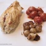 Roulés de poulet à la vapeur et sa farce aux tomates et citron confits.