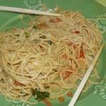 Nouilles chinoise au wok (curry, lait de coco et basilic)