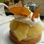 Caramel ,ananas et mousse vanillée sur fond de petits sablés
