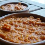 Sauce apéritif, tomate chorizo et maïs.